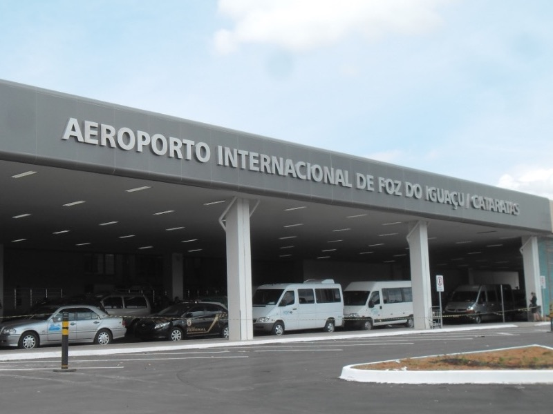 AEROPORTO (IGU) X HOTÉIS DE FOZ DO IGUAÇU (IN/OUT)